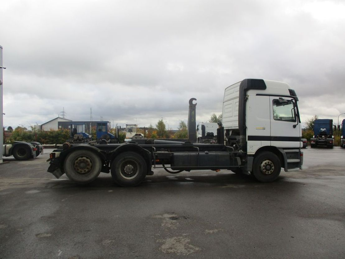 container truck Mercedes-Benz Actros 2535 - container - 6x2 1997
