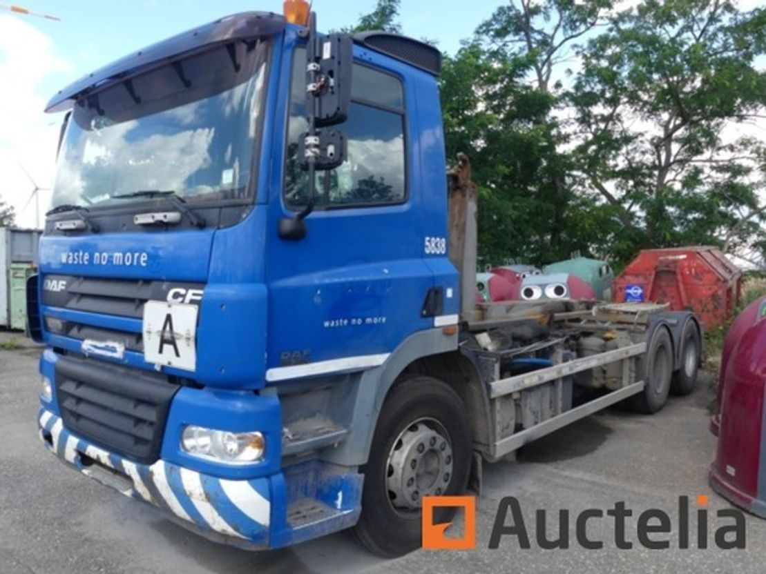 container truck DAF CF 85 380 2005