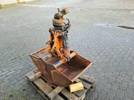 paving machine Atlas 2-Schalengreifer E 526 2 Schalengreifer E 526, 210 liter, 60 cm 1999