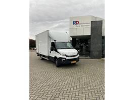 closed box lcv < 7.5 t Iveco Daily 35C18 A8 3.0 410 GESLOTEN LAADBAK + LAADKLEP AHW GEWICHT 3500 kg 2019
