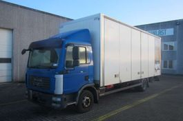 closed box truck > 7.5 t MAN TGL 12.210 2007