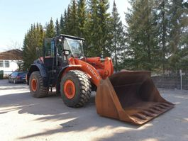 wheel loader Hitachi ZW 220-5 - 8019 St! + HOCHKLAPPSCHAUFELP 2013