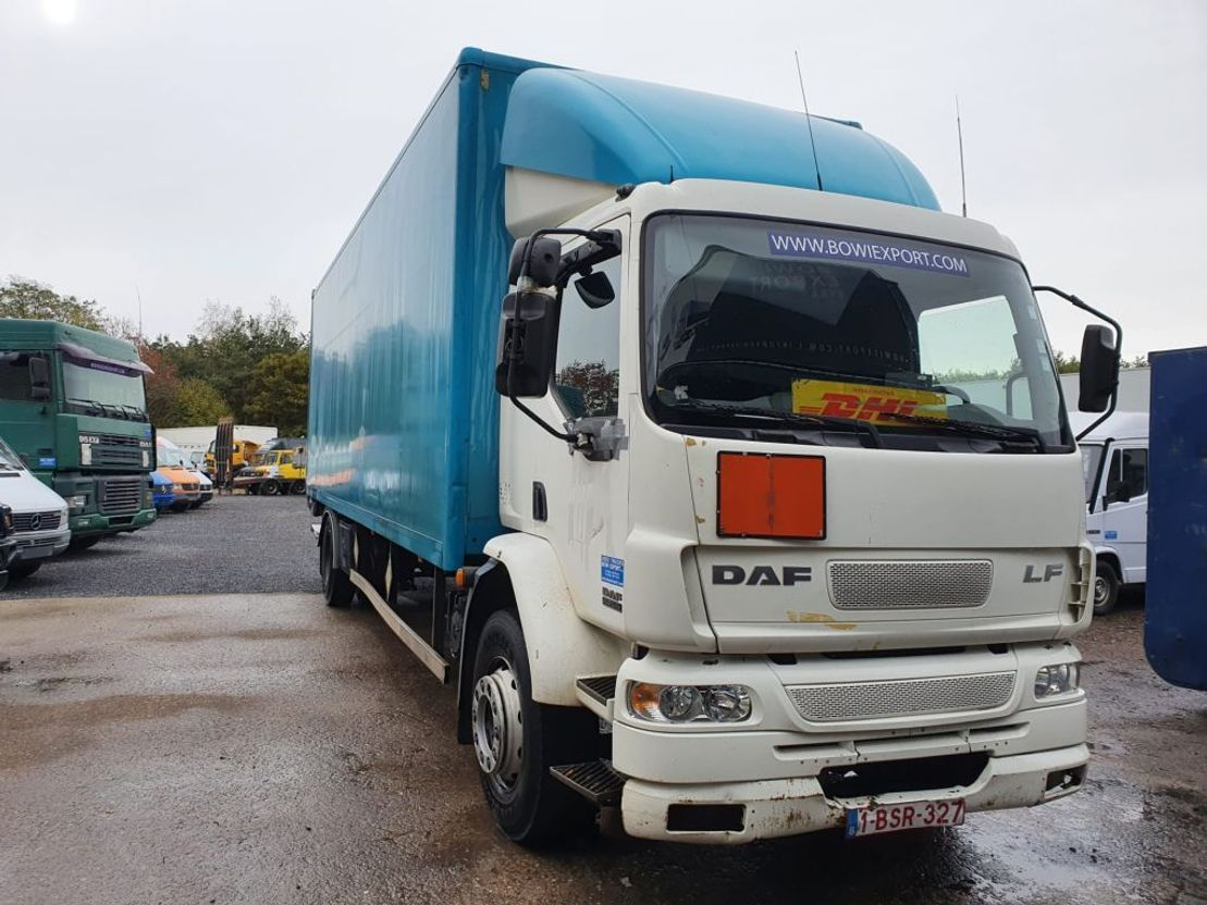 closed box truck > 7.5 t DAF 55 /250 2005