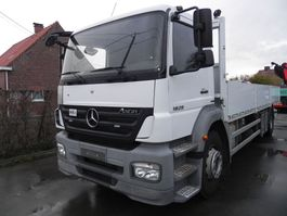platform truck Mercedes-Benz Axor 1829 1829LL Open laadbak met kooiaapaansluiting 2009