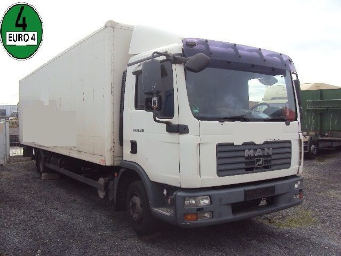 closed box truck > 7.5 t MAN TGL 10.210 BL Koffer 7,8m Lbw Schalt E4 2007