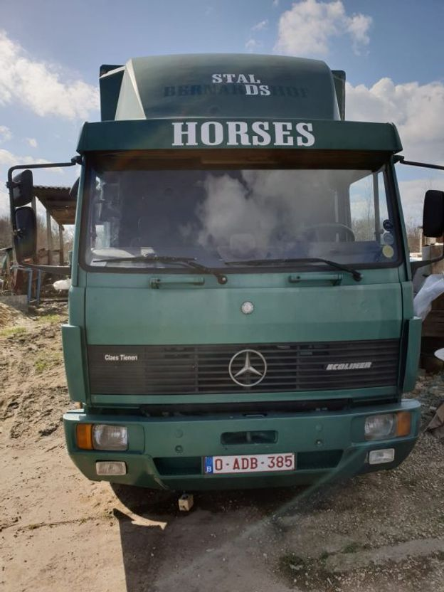 closed box truck > 7.5 t Mercedes-Benz 814 1992