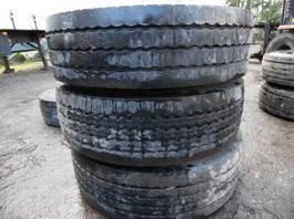 tyres truck part Bridgestone lot van 8 diepladerbanden