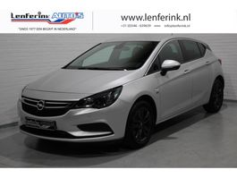 hatchback car Opel Astra 1.0 Turbo 120 Jaar Edition Navi Camera PDC v+a Sportstoelen 2019