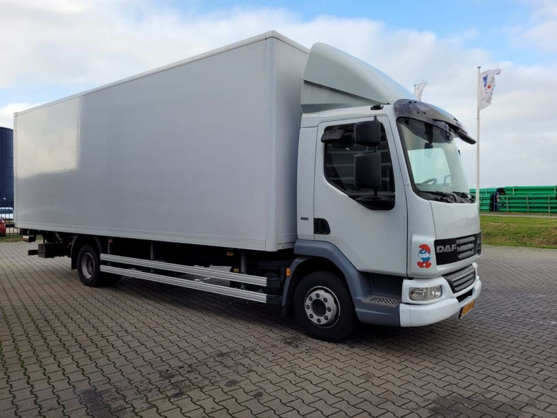 closed box truck > 7.5 t DAF FA LF45 EEV 2014