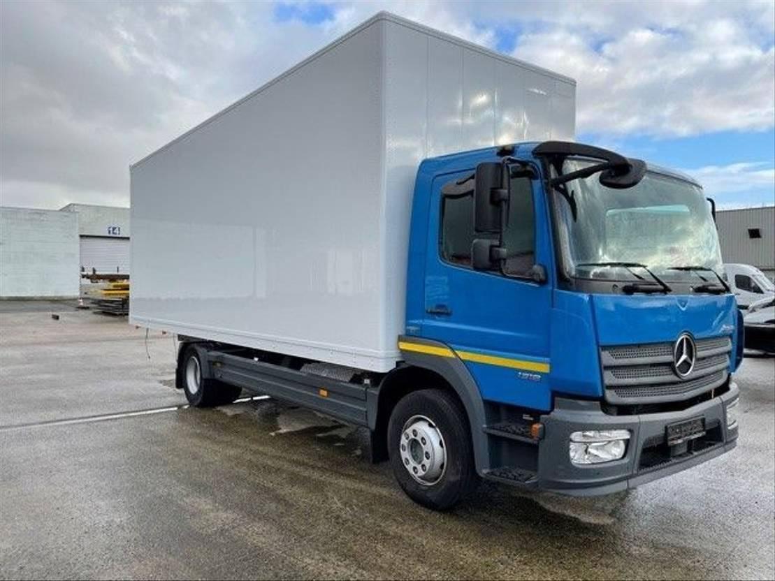 closed box truck > 7.5 t Mercedes-Benz Atego 1218L 2016