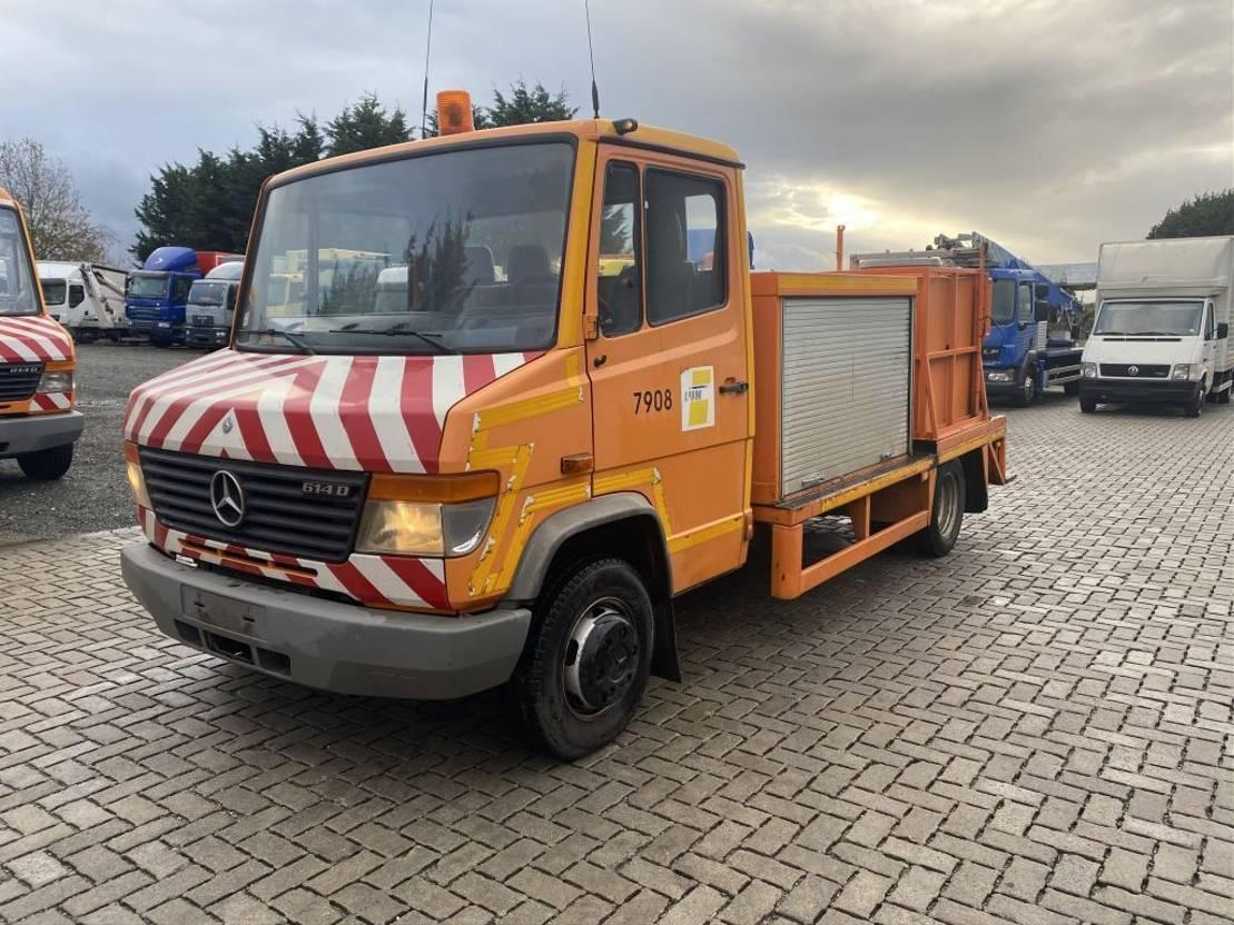 closed box truck > 7.5 t Mercedes-Benz 614 2002