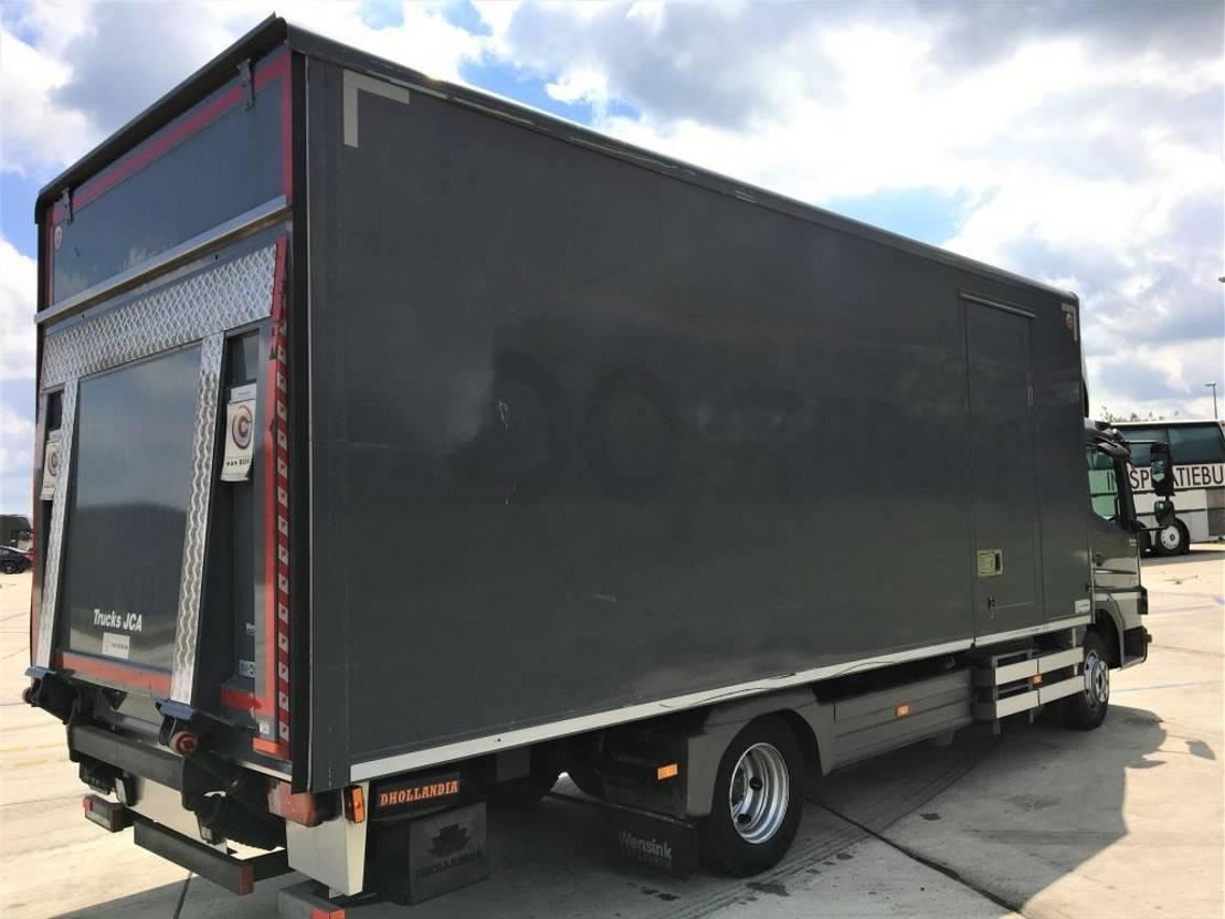 closed box truck > 7.5 t Mercedes-Benz 916  €14.999  EURO 5 2013
