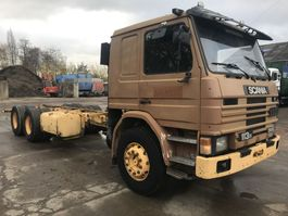 chassis cab truck Scania 113H 360 6x2 **10TYRE'S-MANUAL PUMP** 1994