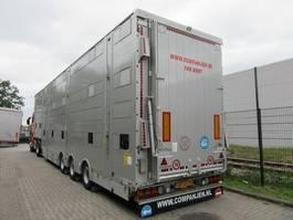livestock semi trailer Pezzaioli SBA31U  Pallet deur 2019