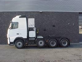 heavy duty tractorhead Volvo FH16 8X4 TRACTOR 2009