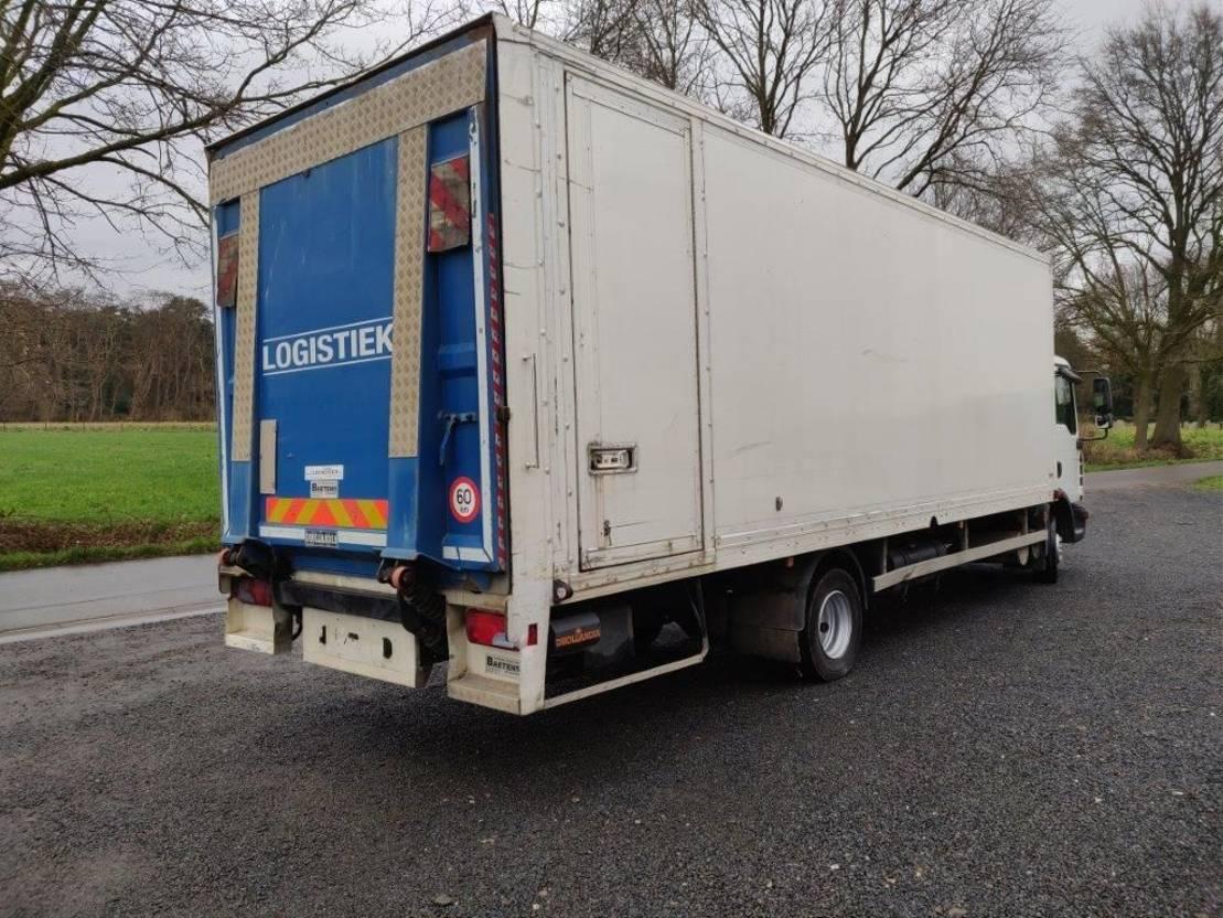closed box truck > 7.5 t MAN TGL 12.210 Euro4 2008