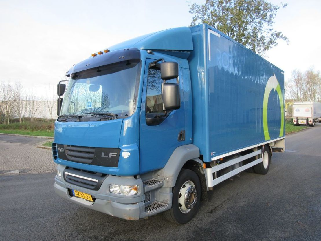 closed box truck > 7.5 t DAF FA LF55-250 2010