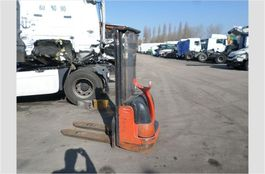 other internal transportation and industrial heavy duty Fenwick L12 2001