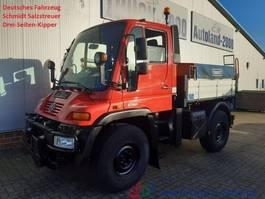 tipper truck > 7.5 t Mercedes-Benz Unimog U300 Winterdienst Streuer Wechsellenkung 2003