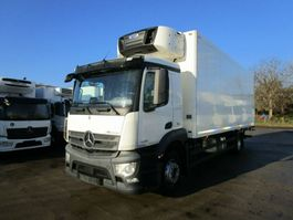 refrigerated truck Mercedes-Benz ANTOS 1832 L Kühlkoffer 8 m LBW 2 T*CARRIER 1150 2016