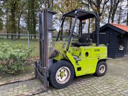 forklift Clark diesel heftruck linde 2,5 tons