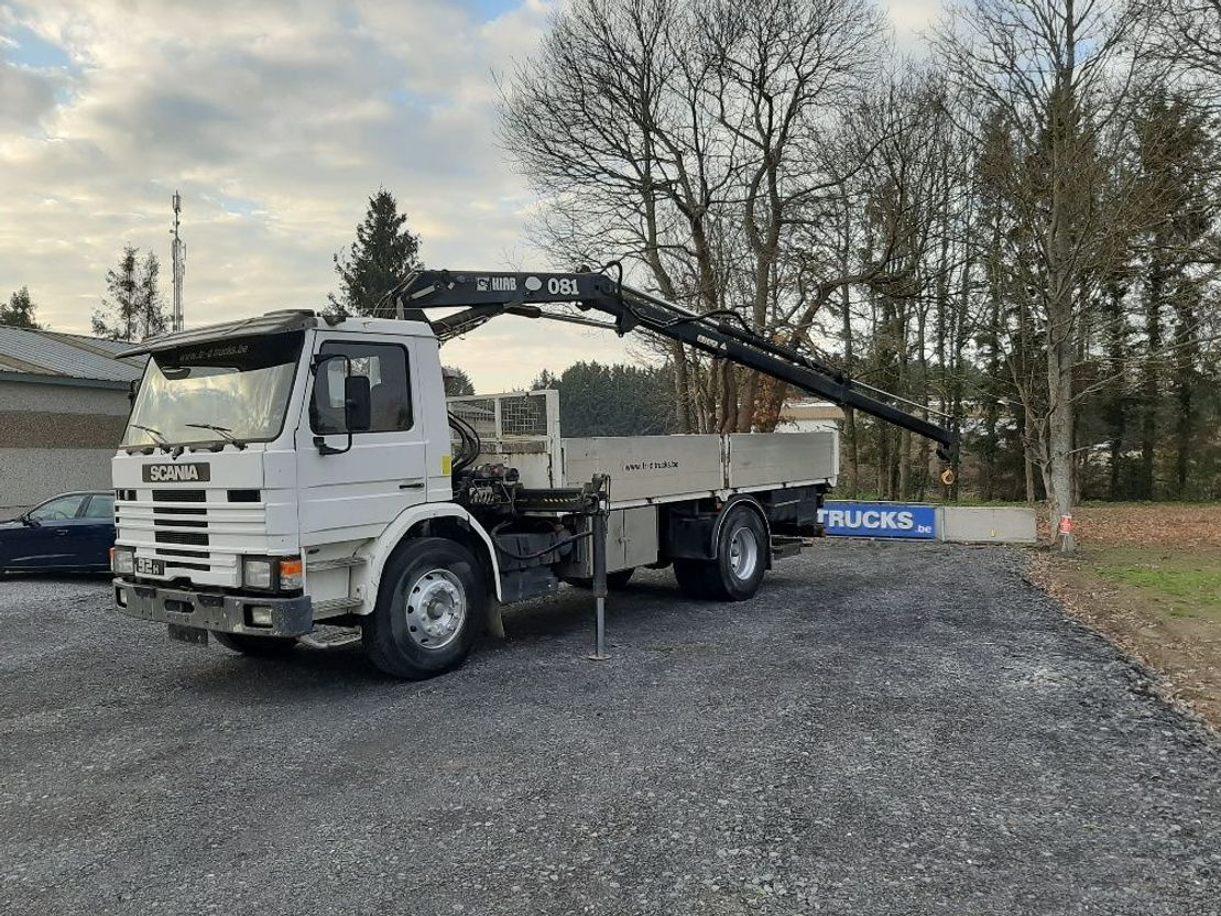 Pritsche offen LKW Scania P92H plateau avec grue hiab type 081AW 1988