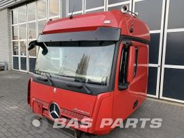 cabine truck part Mercedes-Benz Mercedes Actros MP4 BigSpace L2H3 2014
