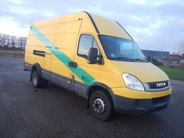 closed box truck > 7.5 t Iveco Daily 65C17 2010