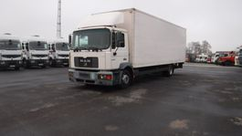 closed box truck MAN le 220 2000