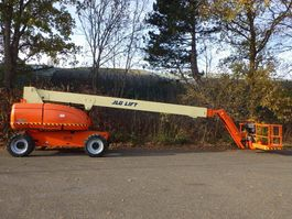 telescopic boom lift wheeled JLG 860SJ 2007