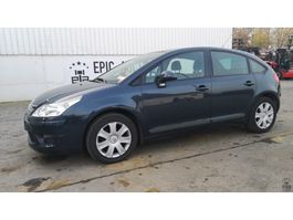 hatchback car Citroën C4 1.6 VTi 2009