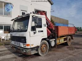 tipper truck > 7.5 t Volvo FL10 + 14T MKG Crane 1997