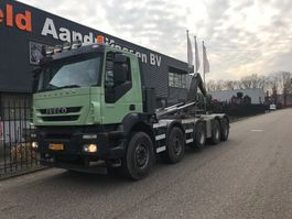 container truck Iveco AD410T45P 10X4 2009