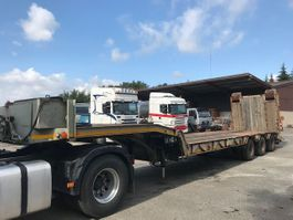 lowloader semi trailer Kaiser 3 AXLES WITH WINCH 1989