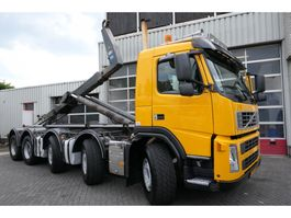 container truck Volvo FM 460 10X4R 40 TON HOOKLIFT 2010