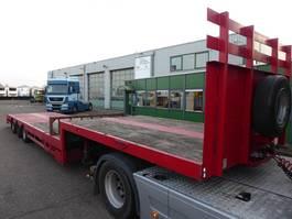 lowloader semi trailer Broshuis 31N5-EU,630 cm uitschuifbaar,Giant assen 2004