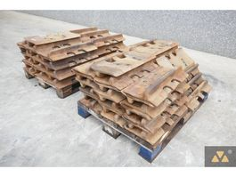 chassis equipment part Caterpillar Trackshoes D9T/D9R