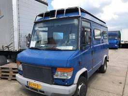 taxi bus Mercedes-Benz 614 ex Overheid ME , automaat , 30.000 km  mooie foodtruck ?? 614 1998