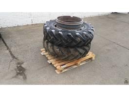 Räder- mit Reifensatz LKW-Teil Continental 13.6-28