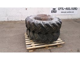 Räder- mit Reifensatz LKW-Teil Dunlop 13.26
