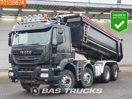 tipper truck > 7.5 t Iveco Trakker 340 Hi-Land AD340T41 8X4 Big-Axle Steelsuspension Euro 6 2014