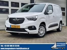 Kastenwagen Nutzfahrzeug Opel Combo 1.5D 131pk Automaat - Edition - Navi - RIJKLAAR 2019