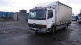 closed box truck Mercedes-Benz 817 bakwagen 1998