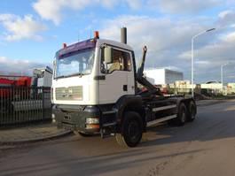 container truck MAN TGA 26.410 6X4 HAAKSYSTEEM / HOOKSYSTEM / HANDGESCHAKELD / BLAD / EURO 3 / LOW KM !! 2004