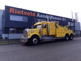Abschleppfahrzeug Freightliner FLD120 1999
