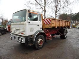 container truck Renault G 230 kipper 1980