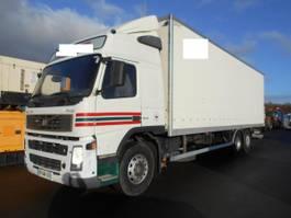 closed box truck Volvo FM 2005