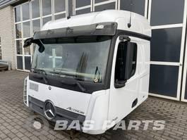 cabine truck part Mercedes-Benz Mercedes Actros MP4 StreamSpace L2H2 2014
