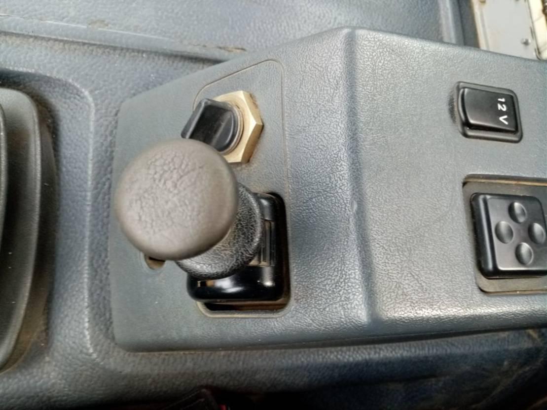 LKW Kipper > 7.5 t Mercedes-Benz ATEGO 1928 4x4  tipper+ crane FASSI 1999