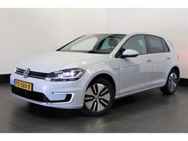 hatchback car Volkswagen e-Golf 136 PK | VIRTUAL COCKPIT | WIT PARELMOER | 4% | € 18.950,- Ex. 2017